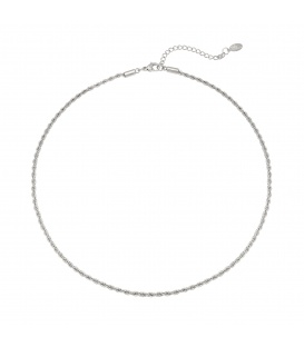 Zilverkleurige minimalistische halsketting gedraaid