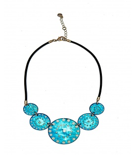 Culture Mix blauwe halsketting gemaakt van parelmoer plaatjes