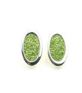 Zilverkleurige oorclip met groen hart