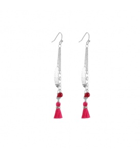 Zilverkleurige lange oorbellen met roze kwast en kraal
