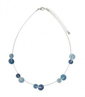 Blauw gekleurde korte halsketting van metaal draad en ronde elementen