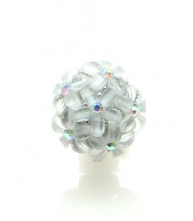Witte oorbellen clip van kleine bloemetjes