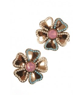 Mooie oorclips in bloemvorm